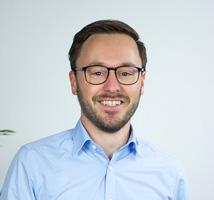 Portrait of Tim Pfister CEO LiVET Switzerland